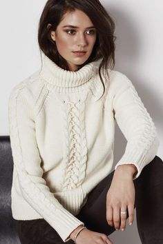 Cable Turtle Neck - main