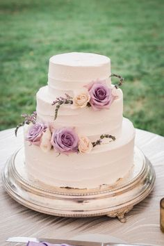 Three tier rose wrapped wedding cake: http://www.stylemepretty.com/maryland-weddings/eastern-shore/2017/01/30/kirkland-manor-wedding/ Photography: Alysia and Jayson - http://www.alysiaandjayson.com/