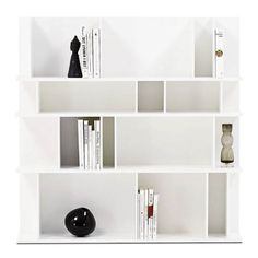 Browse BoConcept's range of modern designer Bookcases & shelves for the contemporary home. Boconcept, Modern Bookcase, Tv Unit, Bookshelves, Sweet Home, Interior Design, Furniture, Storage Ideas, Ranger