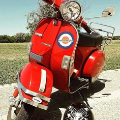 #Repost from @roba_da_vespisti ・・・ #robadavespisti #vespa #vespisti #vespalovers #sun #morning #sparkplug #4marce #clothing #mod #vespapic #vesparally #vesparacer #scooterwear #instavespa #redvespa #red #stichers #vespagram #picoftheday #wear #scooterlover #vintage #vespaclub #vespamania #vespapx #vespastyle robadavespisti.com #vespamods #vespaaroundtheworld