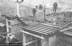 Construction d'une fortification du Mur de l'Atlantique par l'organisation Todt.
