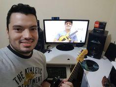 Na sala de aula on-line de Guitarra Baiana com o aluno Alberto diretamente de Ilhéus - BA! Um dos poucos sortudos que tem uma guitarrinha modelo Itapoan série limitadíssima dos anos 90.  http://ift.tt/2otLAND  #GuitarraBaiana #BrazilianElectricMandolin #ElectricMandolin #Mandolin #emando #AulasOnline #OnlineLessons #EducaçãoMusical #MusicEducation #eLearning #Skype