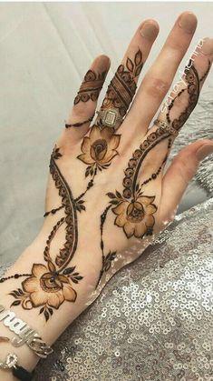 Mhendi Design Unique Back - Mhendi Design Unique - MyStyles Wedding Henna Designs, Indian Henna Designs, Floral Henna Designs, Finger Henna Designs, Henna Tattoo Designs Simple, Latest Bridal Mehndi Designs, Modern Mehndi Designs, Henna Art Designs, Mehndi Designs For Fingers