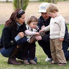 Crown Prince Frederik and Crown Princess Mary with Christian and Isabella in Australia.