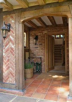 Border Oak. Herringbone brick detail!