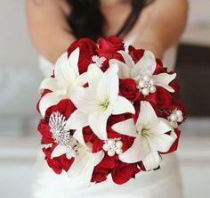 Winter Wedding Theme: Fire and Ice - Wedding Decor - Tips //with orange lilies