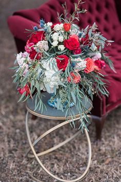 Rustic Lakeside Winter Wedding Inspiration A rustic lakeside wedding inspiration shoot with an Airstream, vintage furniture and a palette of rich reds, purples and. Airstream, Lakeside Wedding, Boho Wedding, Floral Wedding, Wedding Blog, Fall Wedding, Wedding Planner, Wedding Ideas, Vintage Furniture Wedding