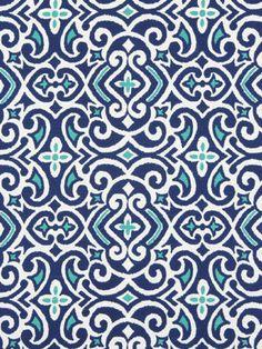 Eine moderne Ikat-Polsterstoff in Kobaltblau, Türkis und weiß Design. Diese Mid Gewicht gedruckte Baumwollgewebe eignet sich für Möbel Polster