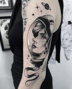 Descubra (e salve!) suas próprias imagens e vídeos no We Heart Tattoos 3d, Sexy Tattoos, Cute Tattoos, Body Art Tattoos, Girl Tattoos, Tatoos, Space Tattoos, Galaxy Tattoos, Tattoo Artwork