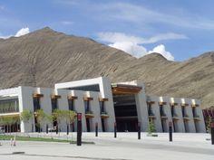 Tibet bekommt eine neue Zuganbindung von Falk Werner · http://reisefm.de/tourismus/tibet-zug-lhasa-xigaze/ · Ab voraussichtlich September verkehrt zwischen Lhasa und der Stadt Xigaze eine Bahn. Das hat die Eisenbahn in China bekannt gegeben.