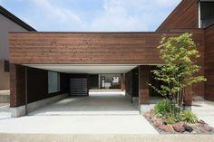 A Courtyard House by Arakawa Architects