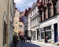 Old Town #Tallin, #Estonia ⠀  Photo: Martin Klimenta ⠀  #BalticsTravelwithMIR #balticstravel #balticstourism #visitestonia #estoniatourism #estoniatours #architecture #travel #tourism #wanderlust #worlderlust #beautifuldestinations #instapassport #travelgram #wanderlustwednesday #seetheworld #oldtown #eurotrip #beautifulbaltics #citylife #alleyways