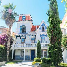 This random building is the epitome of beautiful Portuguese architecturehellip