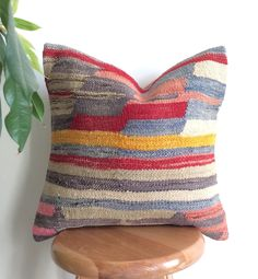 Decorative pillow cover made with a vintage Turkish Hand woven Kilim rug. Add a wonderful Rustic touch to your decor! 40 x 40 cm Kilim Pillows, Kilim Rugs, Cushions, Throw Pillows, Crochet Instructions, Decorative Pillow Covers, Bed Design, Decoration, Home Decor Inspiration