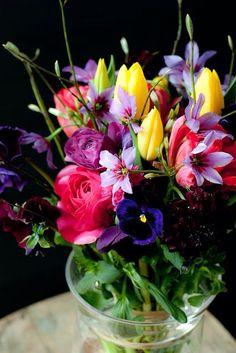Cheery bouquet of fresh cut flowers Fresh Flowers, Colorful Flowers, Spring Flowers, Beautiful Flowers, Spring Bouquet, Rainbow Flowers, Wild Flowers, Arrangements Ikebana, Floral Arrangements