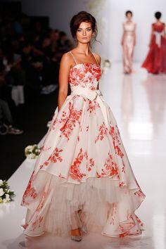 Igor Gulyaev Spring 2014 Collection | Galleries | FashionTV | fashiontv.com
