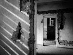 House no. 28 #5 . . . #abandonedplaces #mobiograph