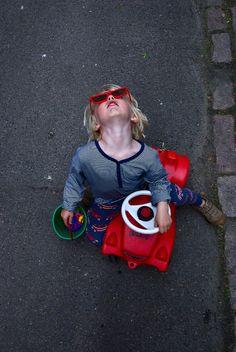 nilsy pose by geirt.com, via Flickr