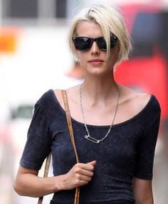 Love this! Trendy Short Haircuts for Women-10