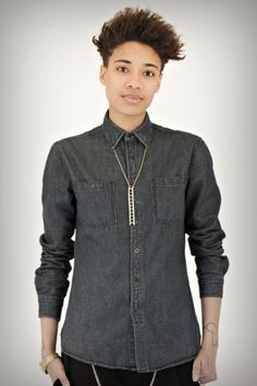 simple style shirt and neck jewels