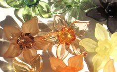 20 Daffodil Flower Beads Autumn Mix and Match by JJBugsBeads, $2.89