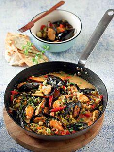 ΑΒ Βασιλόπουλος - Mύδια «πικάντικα» Iron Pan, Kung Pao Chicken, Ethnic Recipes, Food, Essen, Meals, Yemek, Eten