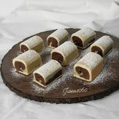 Bosnian Recipes, Croatian Recipes, Sweet Desserts, Sweet Recipes, Fudge Recipes, Cake Recipes, Kiflice Recipe, Hazelnut Meringue, Torta Recipe