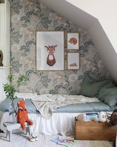 Newborn Room, Baby Room, Baby Time, Kidsroom, Future Baby, Toddler Bed, Photo Wall, Gallery Wall, Nursery