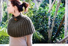 Do you remember this hat worked with crochet stitches in back loop only? This cape is really similar, I love …