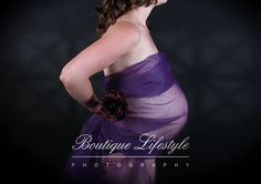 Maternity photographer and pregnancy photography Auckland NZ. For maternity photography, baby and newborn photos. Photographed by Boutique Lifestyle Photography in Grafton, Auckland New Zealand