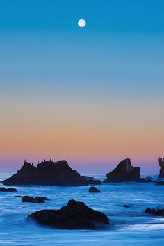 ~~Steep Curves - A Moonset at El Matador, Malibu California by Pacheco~~