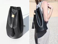 Lovely handbag with block detail.