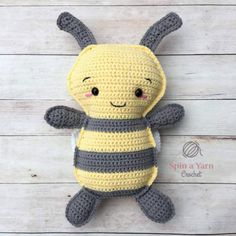 Bumble Bee Free Crochet Pattern 2019 Bumble Bee Free Crochet Pattern at Spin a Yarn Crochet. The post Bumble Bee Free Crochet Pattern 2019 appeared first on Yarn ideas. Crochet Bee, Crochet Amigurumi, Thread Crochet, Crochet Gifts, Cute Crochet, Amigurumi Patterns, Crochet Dolls, Crochet Yarn, Crochet Patterns