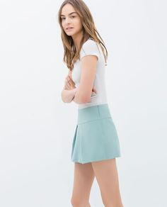Image 1 of SHORT-SLEEVED T-SHIRT from Zara