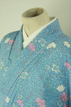 Water blue, flower pattern, komon kimono / 普段使いや布としても 水色地 枝垂れ花柄 小紋