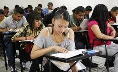 El director de Educación Universitaria de la Secretaría señala que el método a la antigüita requiere innovaciónCiudad de México.- La matrícula en la e...