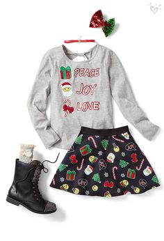 Shop Justice's selection of new arrivals for tween girls to find the latest styles she loves! Outfits Teenager Mädchen, Teen Girl Outfits, Girls Fashion Clothes, Tween Fashion, School Fashion, Outfits For Teens, Girl Fashion, Teen Clothing, Clothing Sites