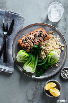 Looking for a quick and healthy salmon recipe? Whip up this sesame salmon that packs 27 grams of protein and less than 350 calories.