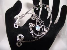 Jewelry: Elven ear cuff made of 20 and 24 gauge wire by Fairylix