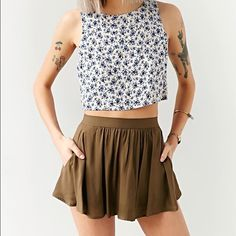 Urban Outfitters Flowy Skort worn a few times, in perfect condition. size xs, elastic waistband. Urban Outfitters Shorts Skorts