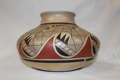 Native Pottery : Native American Hopi Pottery Jar, signed by James G. Nampeyo #133