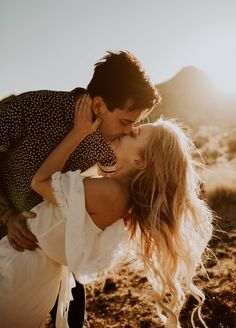 Windswept Engagement Session at Joshua Tree National Park, CA - Couple Inspiration // Sven H. Photography -Gorgeous Windswept Engagement Session at Joshua Tree National Park, CA - Couple Inspiration // Sven H. Engagement Photo Poses, Engagement Photo Inspiration, Fall Engagement, Engagement Couple, Engagement Shoots, Outdoor Engagement Photos, Engagement Photography Props, Wedding Photography, Dog Engagement Pictures