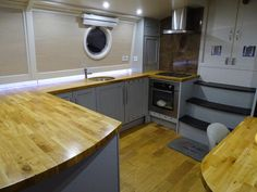 Aintree 57 Widebeam for sale UK, Aintree boats for sale, Aintree used boat sales, Aintree Narrow Boats For Sale A Bespoke & Modern Contemporary Canal Boat - Apollo Duck