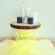 DIY une petite table d'appoint pour y mettre une lampe, de la déco pour pas cher  #candles #lights #action #vases #DIY