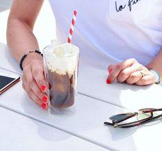 Want one - NOW  mit Vanilleeis  @qbo.coffee Schön war es in Zürich  #coffee #coffeeaddict #coffeelover #coffeetime #color #details #dotd #food #foodie #foodstagram #ice #iced #icedcoffee #instadaily #kaffee #kaffeeliebe #lastdaysofsummer #nails #nailstagram #qbo #qbocoffee #straw #summer #sun #vanillaicecream