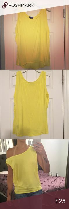 Yellow off the shoulder bebe tunic Love this casual, bright, off the shoulder top. Originally paired with black bralette, black leggings, and black boots! bebe Tops Tunics