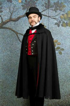 Dave Ross as Sir Despard Murgatroyd.