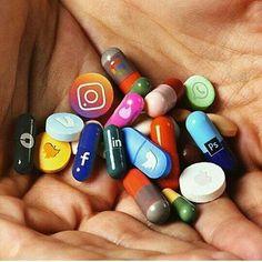 "Which ""social media pill"" is your addiction? 😳 Art by IG user aliossayran titled ""Addiction. Social Media Art, Social Media Negative, Power Of Social Media, Digital Detox, Emoji Wallpaper, Bubbles Wallpaper, Mini Things, 3 Things, Medium Art"