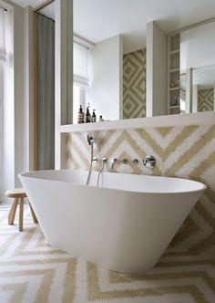 apartment paris 6 double g Cosy Bathroom, Bathroom Goals, Diy Bathroom Decor, Classic Bathroom, Modern Bathroom, Small Bathroom, Master Bathroom, Bathrooms, Bathroom Design Layout