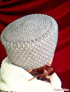 "Кубанка ""Лада"". Работы наших мастериц. Crochet Yarn, Crochet Stitches, Free Crochet, Knit Beanie Hat, Crochet Beanie, Beanies, Crochet Winter, Knitted Slippers, Knitted Shawls"